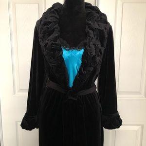 Vintage Delicates Intimates Long Velvet Robe